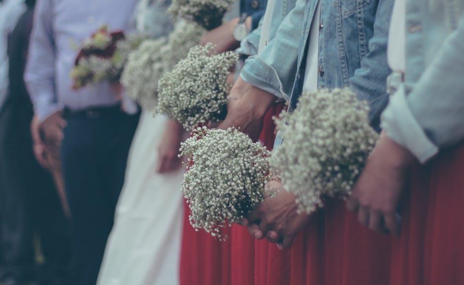 De-juiste-kleding-voor-een-bruiloft